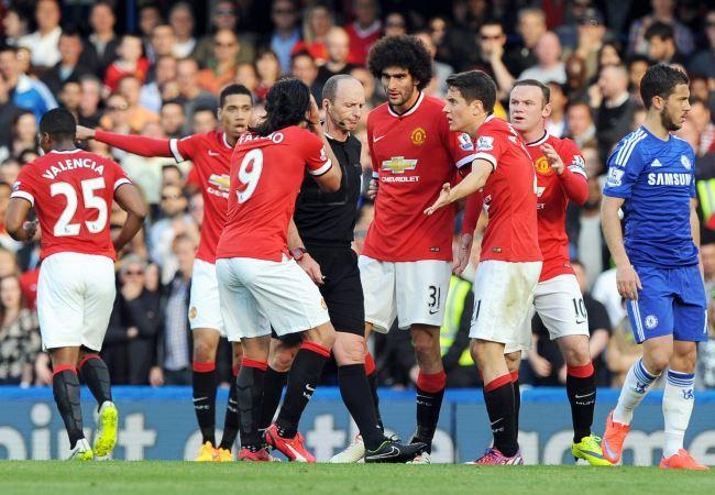 El Manchester United no pudo con el líder de Inglaterra. Foto: EFE