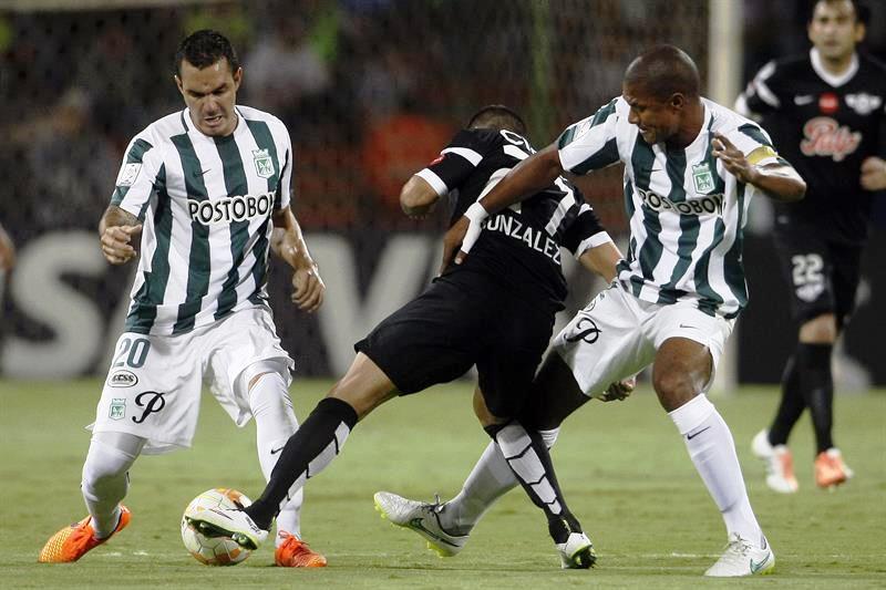Nacional ganó 4-0 con un gol de Yulián Mejía, dos de Luis C. Ruiz y uno más de J. Copete. Foto: EFE.