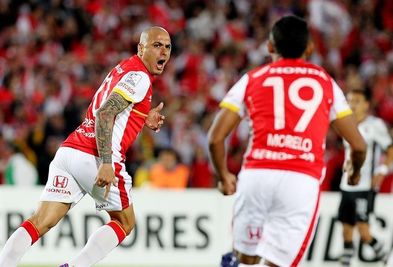 Santa Fe ganó 3-1 con goles de Pérez, Roa y Rivera. Foto: EFE.