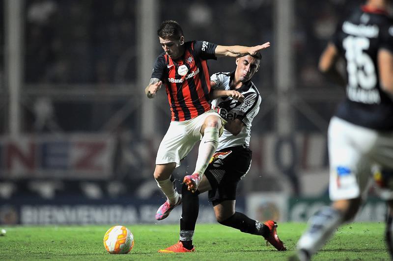 Con todos los resultados en contra, San Lorenzo se quedó afuera de la Copa Libertadores. EFE