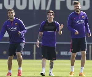 Messi y otros jugadores de Barsa reciben control antidopaje