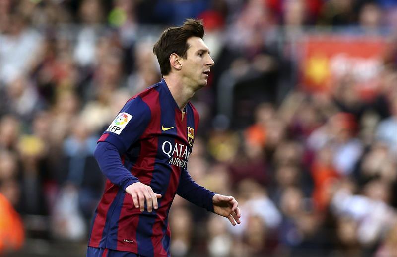 El delantero argentino del Barcelona, Lionel Messi, celebra el primer gol de su equipo ante el Getafe CF. Foto: EFE