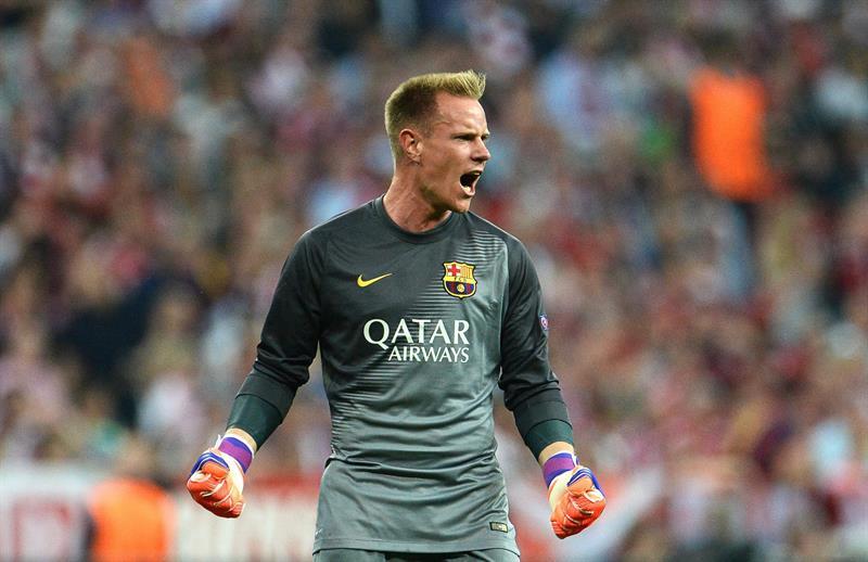 El portero de Barcelona Marc-Andre ter Stegen celebra el gol del empate. Foto: EFE