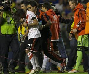 Boca vs. River: Suspenden superclásico por agresión a jugadores de River