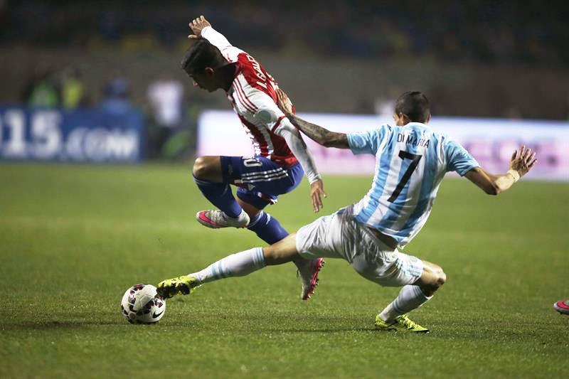 Argentina goleó a Paraguay y jugará la final ante Chile. Foto: EFE.