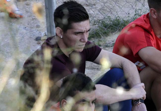 El centrocampista argentino Matías Kranevitter, cerró su fichaje por el Atlético, sigue la sesión de entrenamiento del club rojiblanco. Foto: EFE