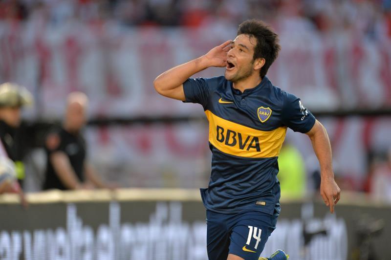 El jugador de Boca Juniors Nicolás Lodeiro celebra su gol contra River. EFE