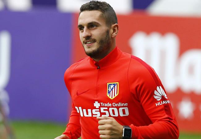 """El centrocampista del Atlético de Madrid, Jorge """"Koke"""" Resurrección durante el entrenamiento. Foto: EFE"""