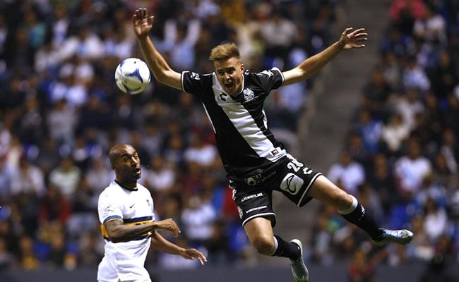 Boca y Puebla jugaron un partido con motivo de la inauguración del Cuauhtémoc. Foto: EFE