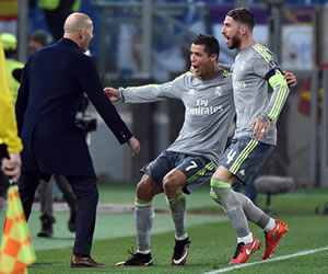 Real Madrid venció a la Roma y se acerca a los cuartos de final