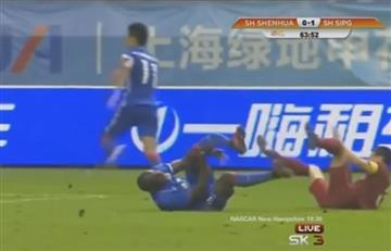 YouTube: así fue la increíble lesión de Demba Ba