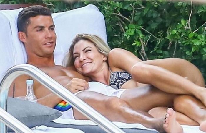 Ronaldo y su compañía en vacaciones. Foto: Instagram