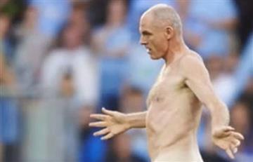 Eurocopa: Exjugador y campeón de esta copa invadió cancha desnudo