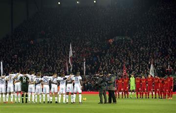 Chapecoense: El increíble minuto de silencio en el partido del Liverpool