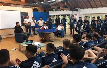 Riquelme visitó a los seleccionados Sub 15 y Sub 17