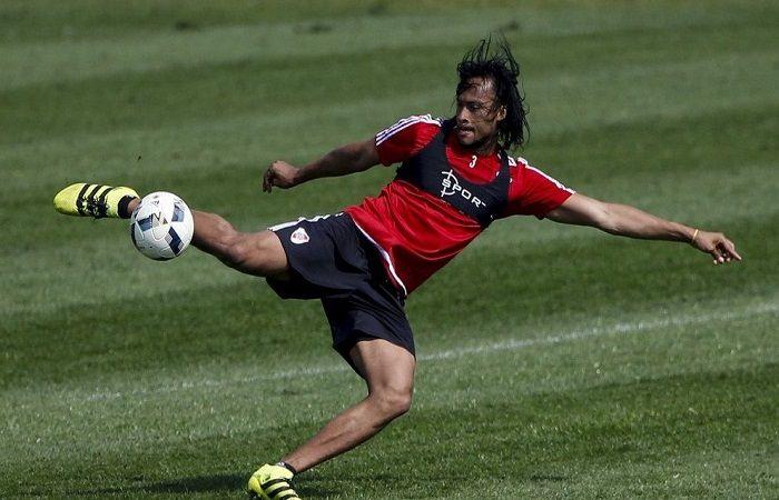 Arturo Mina deja River Plate para jugar en Turquía