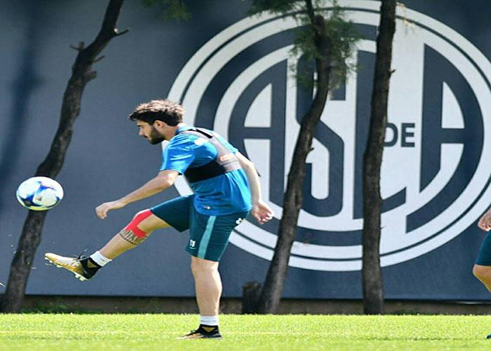 Ezequiel Cerutti entrenó con balón. Foto: Facebook