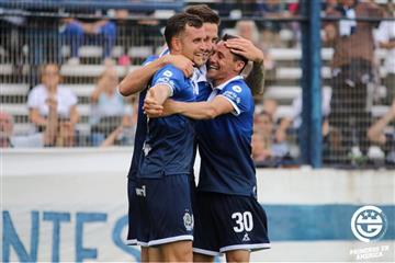 Gimnasia y Esgrima de La Plata goleó a Vélez Sarsfield por 4-0
