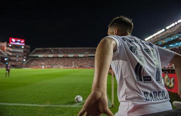 IMPACTANTE: Video del rayo que cayó sobre la cancha de Independiente