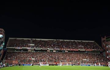 Más de 80 barristas de Independiente no podrán ingresar a estadios por sanción
