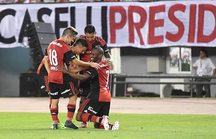 Newell's empató 2-2 con Racing por la fecha 11 de la Superliga