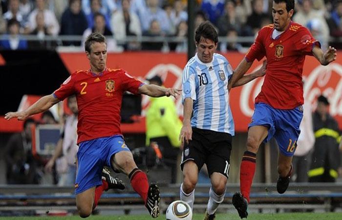 Argentina y España no chocarán previo al Mundial. Foto: AFP