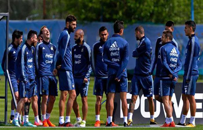 Jugador de la Selección Argentina llegaría al Liverpool. (AFP)
