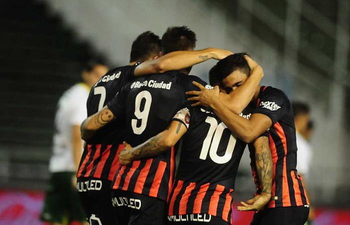 El 'Ciclón' ganó en su partido de debut ante Defensa y Justicia (Foto: Twitter)