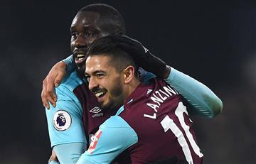 Manuel Lanzini anotó un doblete en la victoria del West Ham