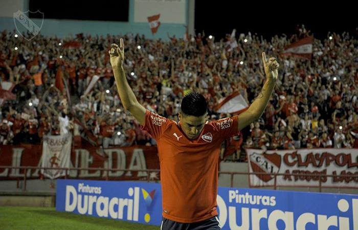 Leandro Fernández fue autor del doblete ante Racing (Foto: Facebook)