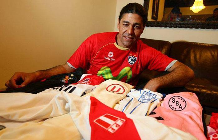 Sergio Ibarra, es el máximo goleador del fútbol peruano. Foto: Facebook