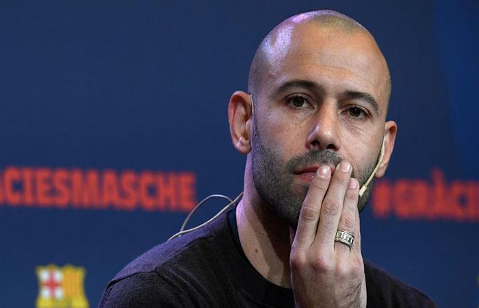Javier Mascherano en su emotiva despedida. (FOTO: AFP)