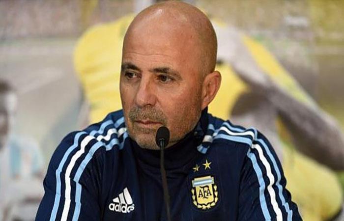 Jorge Sampaoli le responde a Carlos Tevez