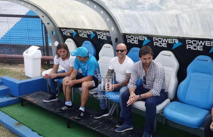 Jorge Sampaoli se presentó en los entrenamientos de Racing