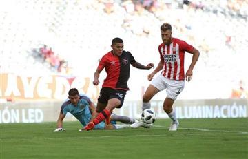 Estudiantes LP derrotó a Newell's en partido de muchos goles
