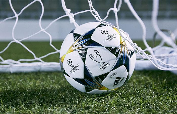 Conocé el nuevo balón de la Champions League para la fase de eliminación directa