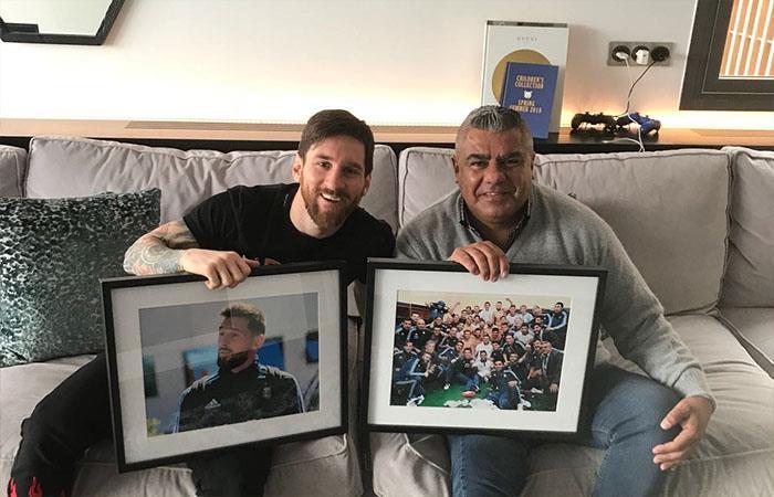 Lionel Messi y Claudio Tápia (Foto: Twitter)