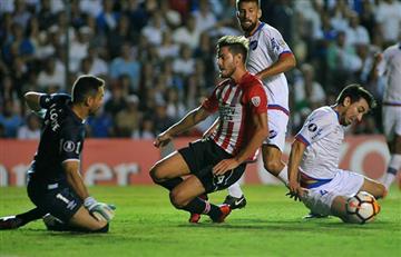 Estudiantes de la Plata no paso del empate ante Nacional por la Copa Libertadores