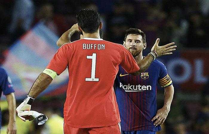 Gianluigi Buffon y Lionel Messi. Foto: AFP