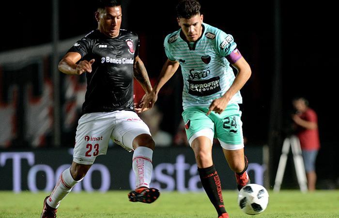 En Santa Fe, Colón y Huracán empataron 0-0 por la fecha 18 de la Superliga (foto: Twitter)