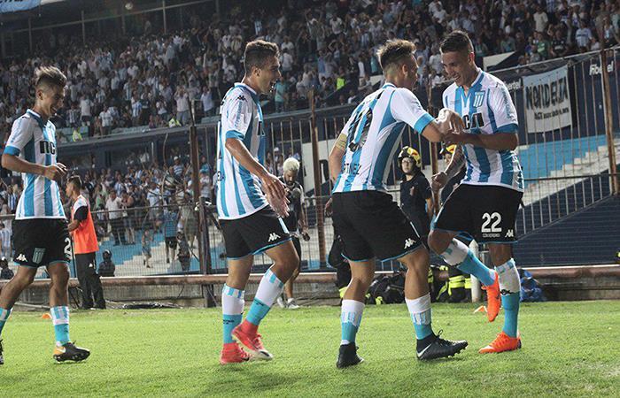 Racing vs Vélez. Foto: Twitter