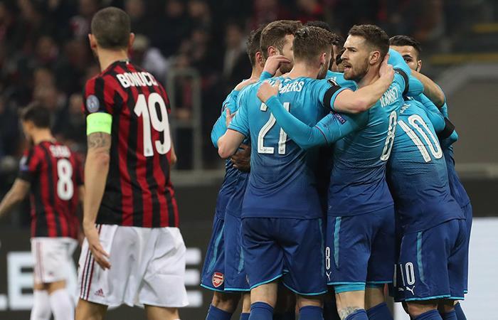Milan no pudo con el Arsenal jugando en Italia. Foto: Twitter