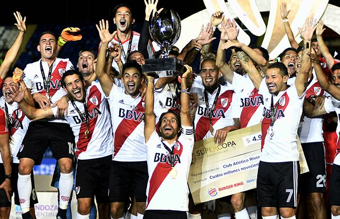 River se concagró campeón de la Supercopa Argentina al vencer 2 por 0 a Boca (Foto: AFP)