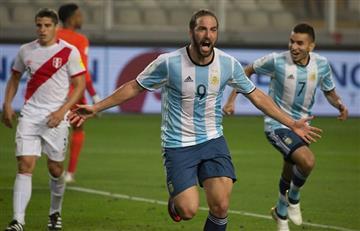 Gonzalo Higuaín llegó a la concentración de la Selección Argentina