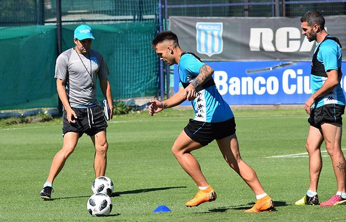 Coudet confirmó a Lautaro en el once ante Belgrano, mientras que dejó fuera a 'Licha' (Foto: Twitter)