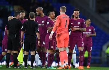 Manchester City con Nicolás Otamendi goleó al Everton y acaricia el título