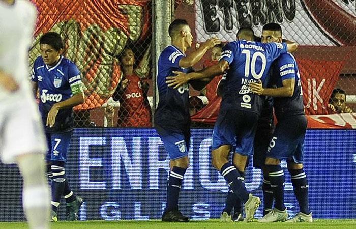 Tucumán venció 2-0 a Independiente (Foto: Twitter)