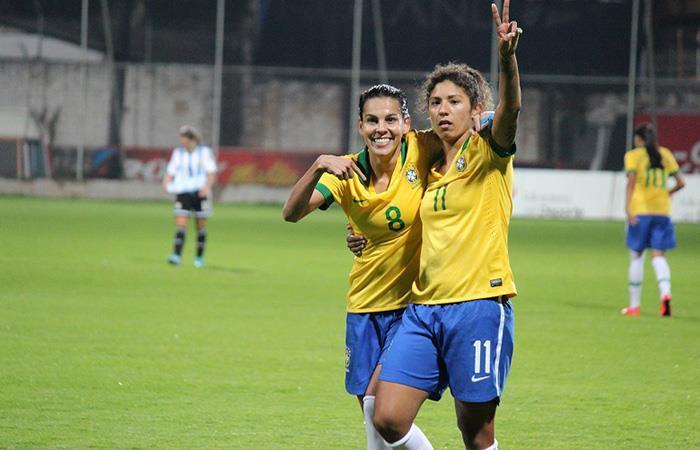Selección Argentina perdió en su debut ante la Selección de Brasil. Foto: Facebook