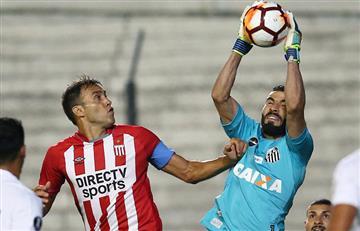 Estudiantes (LP) no tuvo efectividad y por ello perdió ante Santos con gol polémico