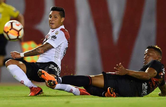 River no paso del cero ante Santa Fe por la Libertadores. Foto: Twitter